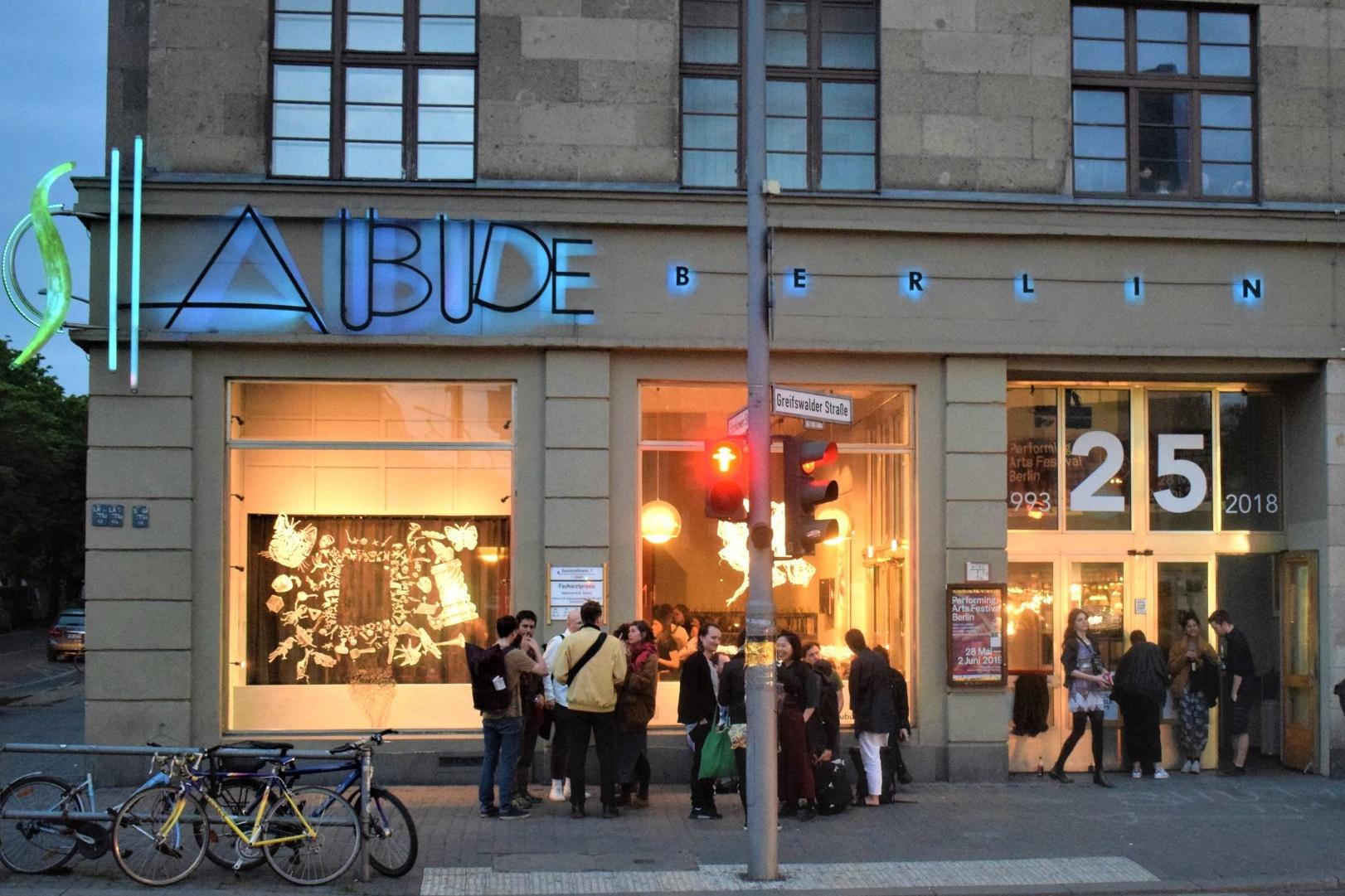 Front Schaubude Berlin